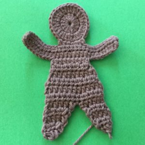 Crochet gingerbread man body with legs