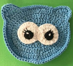 Crochet owl face with eyes