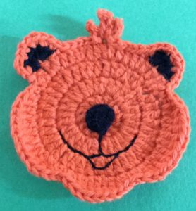Crochet crouching tiger head with nose
