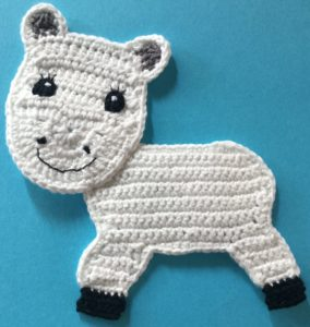 Crochet unicorn body with head
