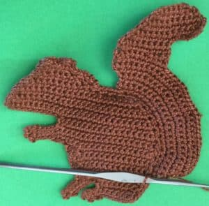 Crochet squirrel joining for tail neatening row