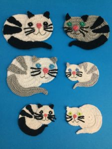 Needles & Pins: Catch Two Cats Too Sock Pattern. Kassisokimuster! | 300x225