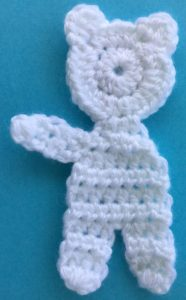 Crochet teddy for plane mobile body with first arm