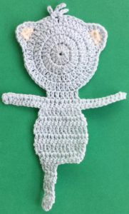 Crochet teddy bear applique first leg