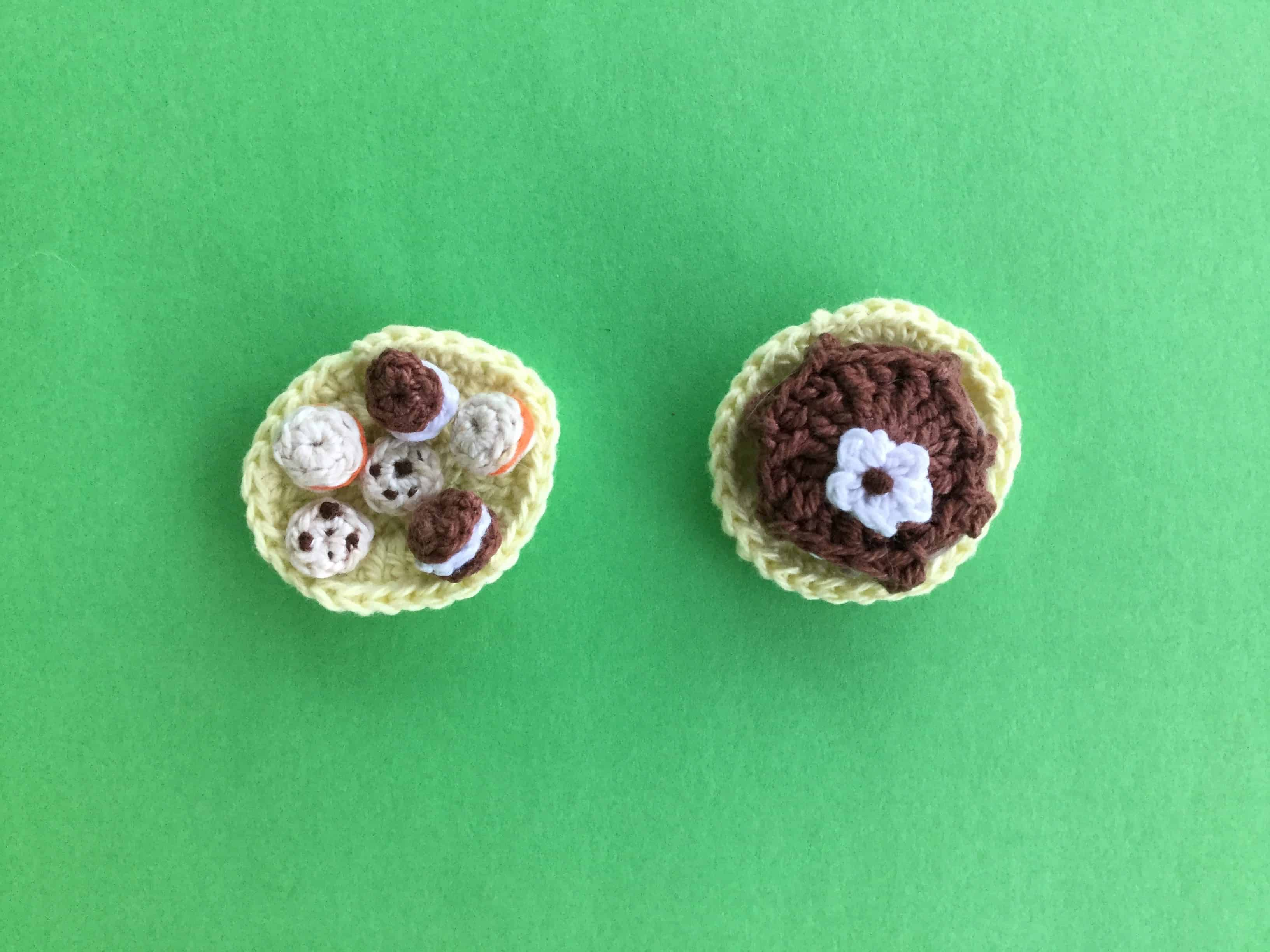 Finished crochet food for blanket landscape
