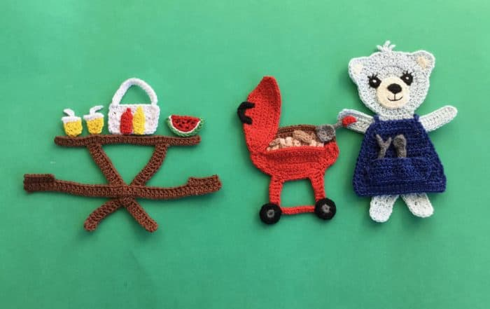 Finished crochet picnic food with teddy landscape